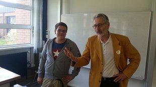 Felix Benneckenstein und Peter Ohlendorf in der Berufsschule I Bamberg
