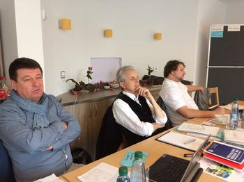 Fragen regionaler Strukturpolitik sind für die fränkischen DGB Regionen fester Bestandteil der gewerkschaftspolitischen Arbeit. Von Links: Stephan Doll, Dieter Scholz und Björn Wortmann.