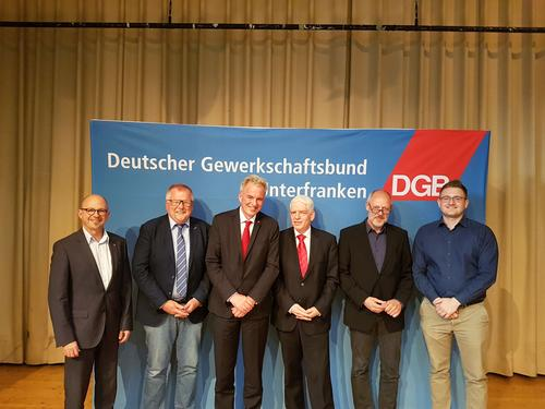 v. l. n. r.:Frank  Firsching (DGB Unterfranken), Eberhard Schellenberger (BR), Matthias Jena (DGB Bayern), Dr. Josef Schuster (Zentralrat d. Juden), Prof. Andreas Göbel (Uni Würzburg), Viktor Grauberger (DGB Unterfranken)