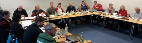 Im Rahmen ihrer Klausurtagung trafen sich die Kreisvorstände der unterfränkischen DGB Orts- und Kreisverbände am vergangenen Freitag mit der stellvertretenden Vorsitzenden des DGB Bayern Dr. Verena Di Pasquale.