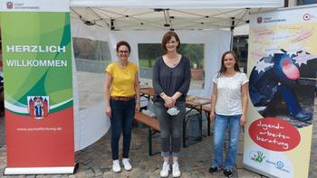 Auf Initiative des DGB in Kooperation mit der Stadt Aschaffenburg, der Agentur für Arbeit, der Deutschen Rentenversicherung Nordbayern, dem Deutschen Mieterbund, der SQG Strukturwandel und Qualifizierung GmbH, der Diakonie, der Caritas, der Handwerkskam-mer und SkF