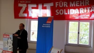 Als Erfolg wertete Festredner Frank Jauch, Gewerkschaftssekretär der NGG (Nahrung-Genuss-Gaststätten) Unterfranken, den Mindestlohn.