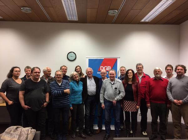 Gruppenfoto: Zur Klausur trafen sich die unterfränkischen DGB Kreisverbände am Wochenende in Elfershausen.