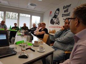 Neben Referaten von DGB Regionssekretär Björn Wortmann zu regionalen Herausforderungen in der beruflichen Bildung konnten die Teilnehmer Aktuelles von Mario Patuzzi vom DGB Bundesvorstand erfahren.