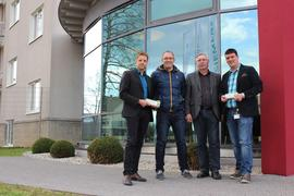 v.l.n.r: Thomas Höhn, Gewerkschaftssekretär, IGM Schweinfurt, Andreas Lampert, PR- und Marketing Manager, Klaus Lemmer, 1. Vorsitzender TSV 1923 Großbardorf e.V. Oliver Mauer, Betriebsratsvorsitzender Siemens AG Bad Neustadt