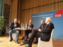 v. l.: Eberhard Schellenberger (BR), Matthias Jena (DGB Bayern), Prof. Andreas Göbel (Uni Würzburg), Dr. Josef Schuster (Zentralrat d. Juden)