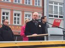 Redner: Frank Firsching, Bündnissprecher SW ist bunt