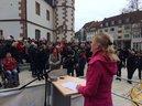 Am Rednerpult: Marietta Eder, ver.di-Gewerkschaftssekretärin